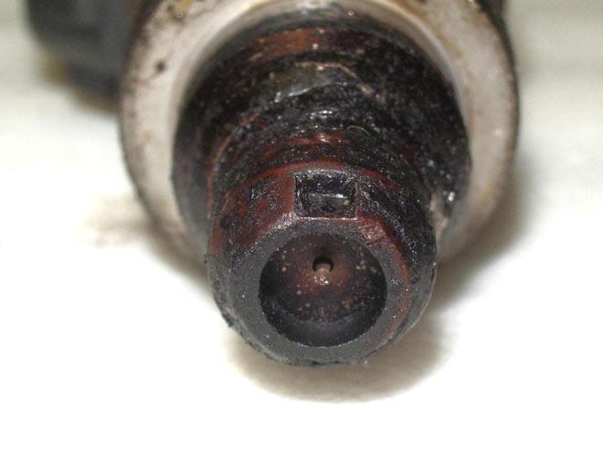 洗浄前のインジェクター