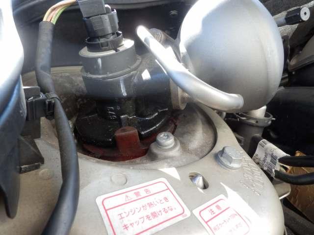シトロエンC6のオイル漏れは     放っておけない