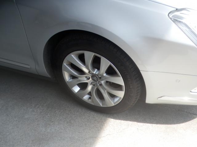 シトロエンC5(3.0L)のタイヤを交換しました。