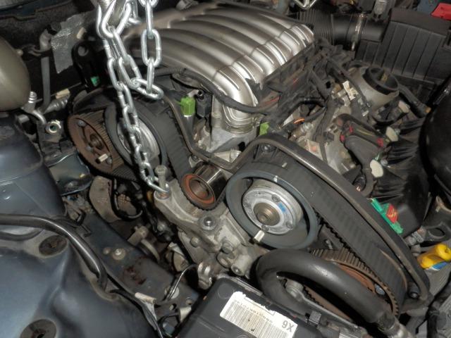 フランス車(V6)のタイミングベルト交換